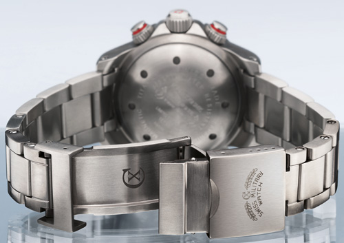 20'000 FEET CX Swiss Military Watch Back